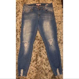 YMI Wannabettabutt Light Wash Jeans